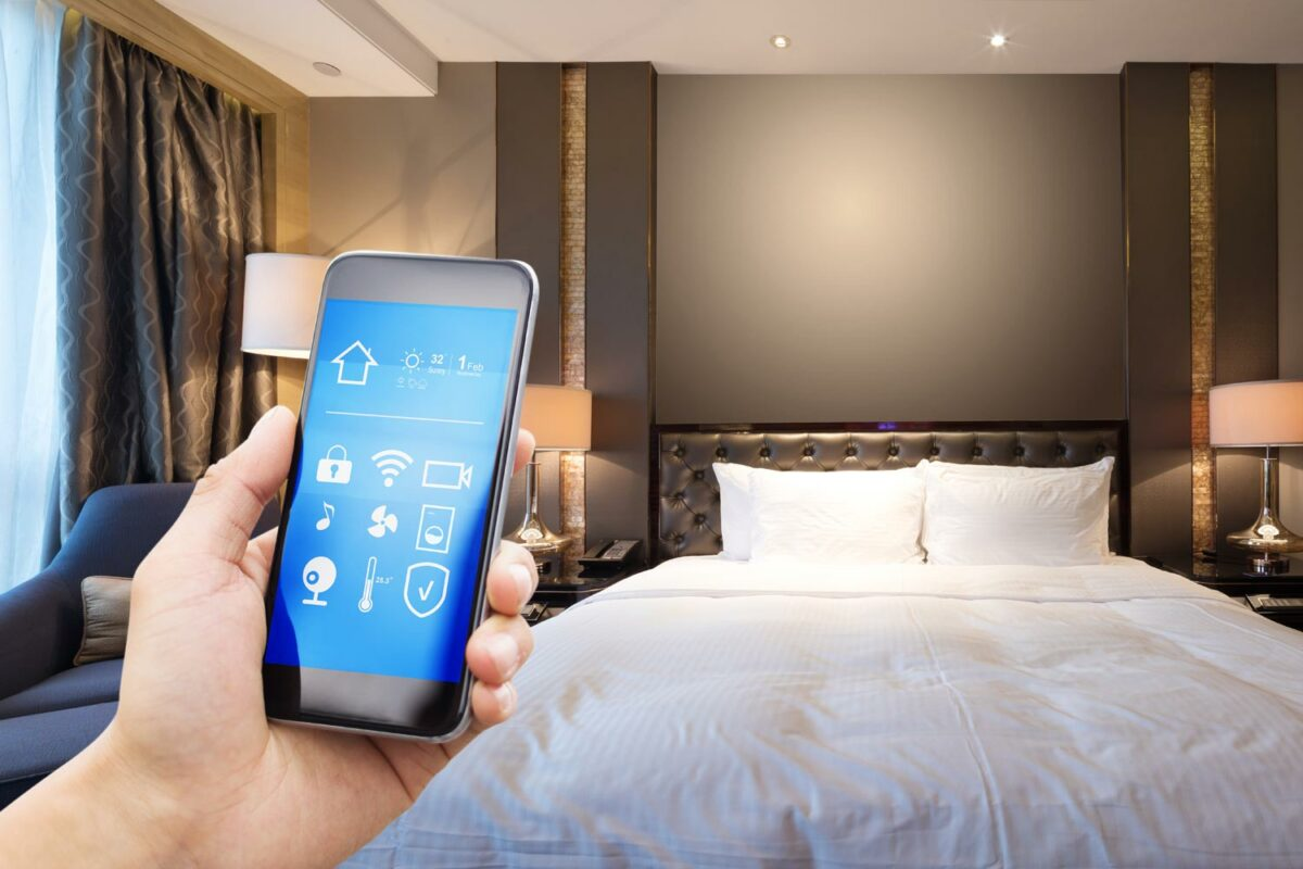 QR room codes connected to Hotel CRM
