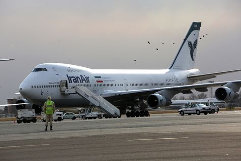Iran says to have 'sealed' bargain on Boeing deal