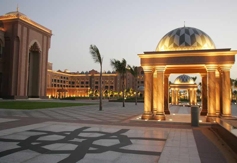 Occupancy falls more than 10% at MEA hotels