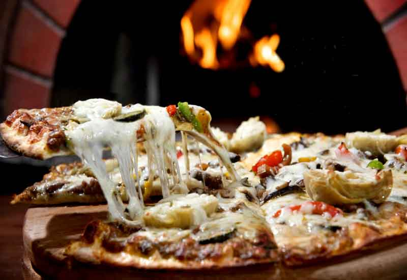 Eat pizza to win a trip to Italy with Pompeii