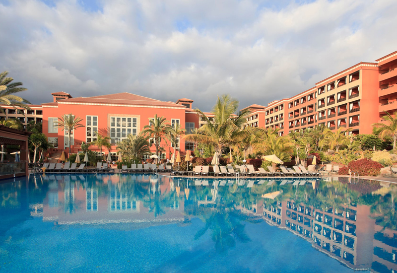 Tenerife hotel in lockdown as guest tests positive for coronavirus