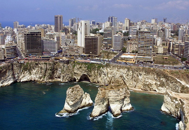 All restaurants close in Lebanon