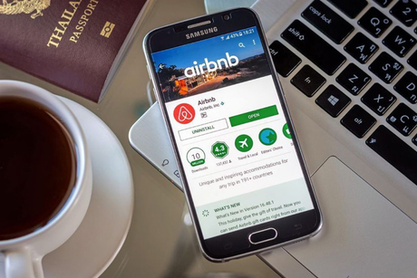 Airbnb introduces new Snapchat-like Travel Stories feature