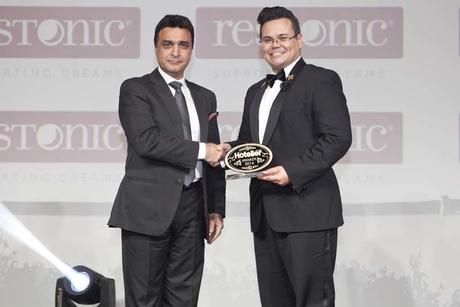 Burj Al Arab's Van Der Veen takes Concierge award