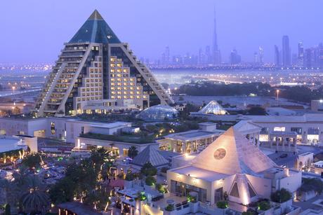 Giselle Denis to paint live at Raffles Dubai