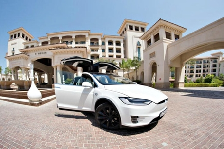 The St Regis Saadiyat drives green initiative with electric car charging stations