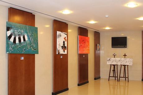 UAE-based artist displays art exhibit at Ramada Ajman
