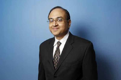 Starwood's vice chairman and CFO resigns