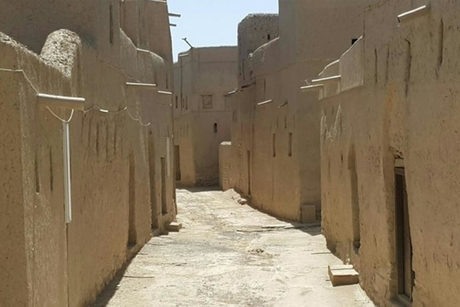 Omran hands over management of oldest Omani heritage site to local firm