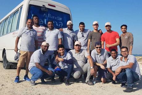 Dubai's Al Bandar Rotana takes part in International Coastal clean-up event