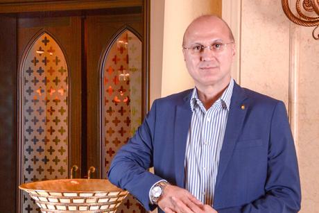 Shangri-La and Traders Hotels, Qaryat Al Beri appoints new cluster GM