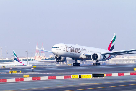 Emirates plane towed from runway after technical fault
