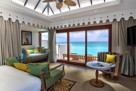 SAii Lagoon Maldives launches as part of Curio Collection by Hilton