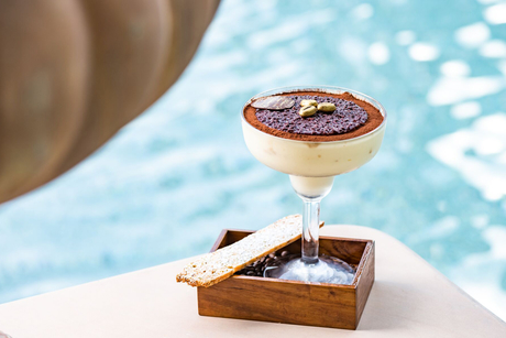 Palazzo Versace launches Saturday brunches by the pool