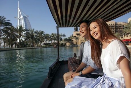 Dubai offers instant VAT refunds to Chinese tourists in the UAE
