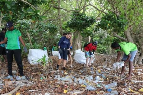 JA Manafaru Maldives hosts beach clean up drive