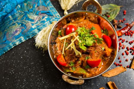 Roda Al Murjooj's Pergolas introduces 'Taste of India' night