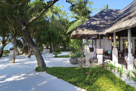 Festive season offers at Vakkaru Maldives