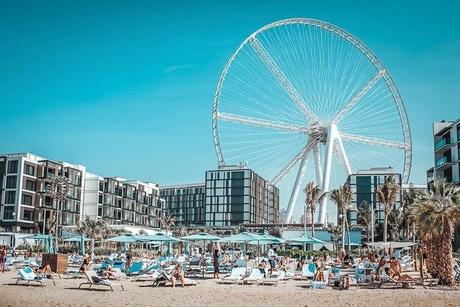 UAE closes all leisure sites