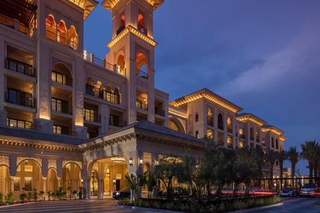 Four Seasons Hotels in Dubai reopen signature restaurants