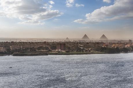 Negative coronavirus test needed to enter Egypt