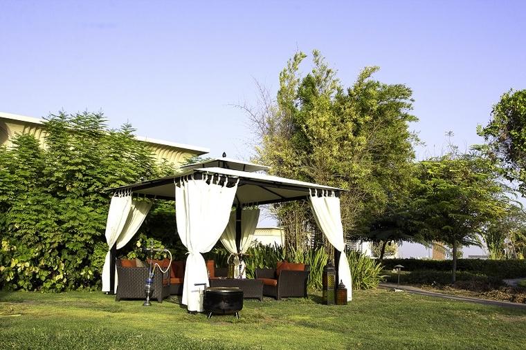 Raffles Dubai launches alfresco dining experience