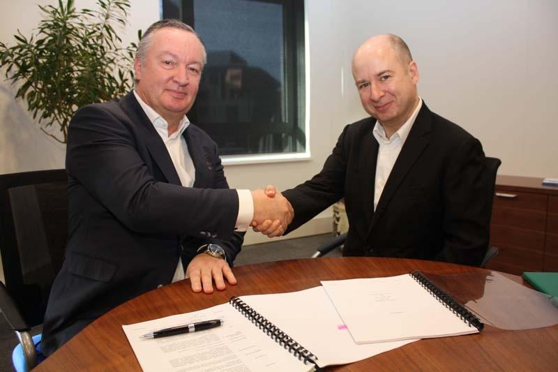 NEC Enterprise Solutions president Paul Kievit and FCS EMEA vice president Eric Rogers confirm EMEA partnership.