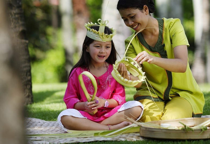 Qualified nannies at IHG Hotels and Resorts