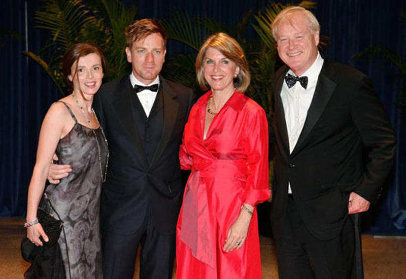 Matthews with Eve Mavrakis, Ewan McGregor and husband Chris Matthews
