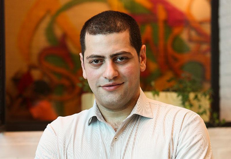 Khaled El Dada, outlet manager