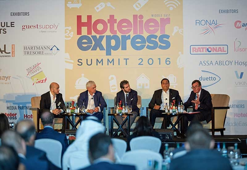 Hotelier Express Summit.
