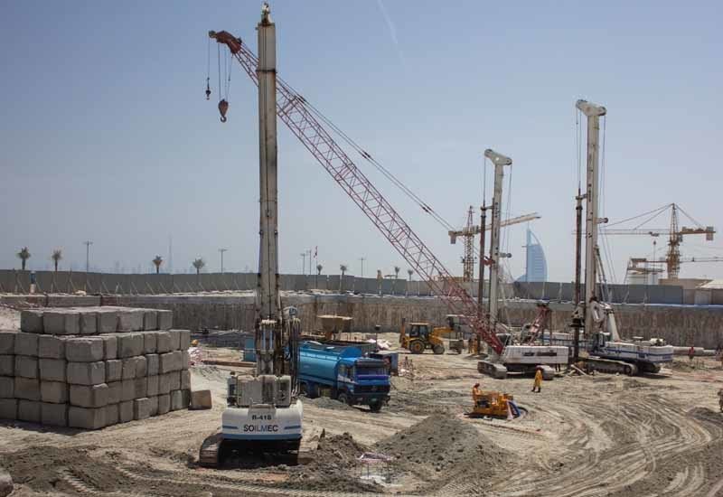 R Hotels' Palm Jumeirah property piling work.