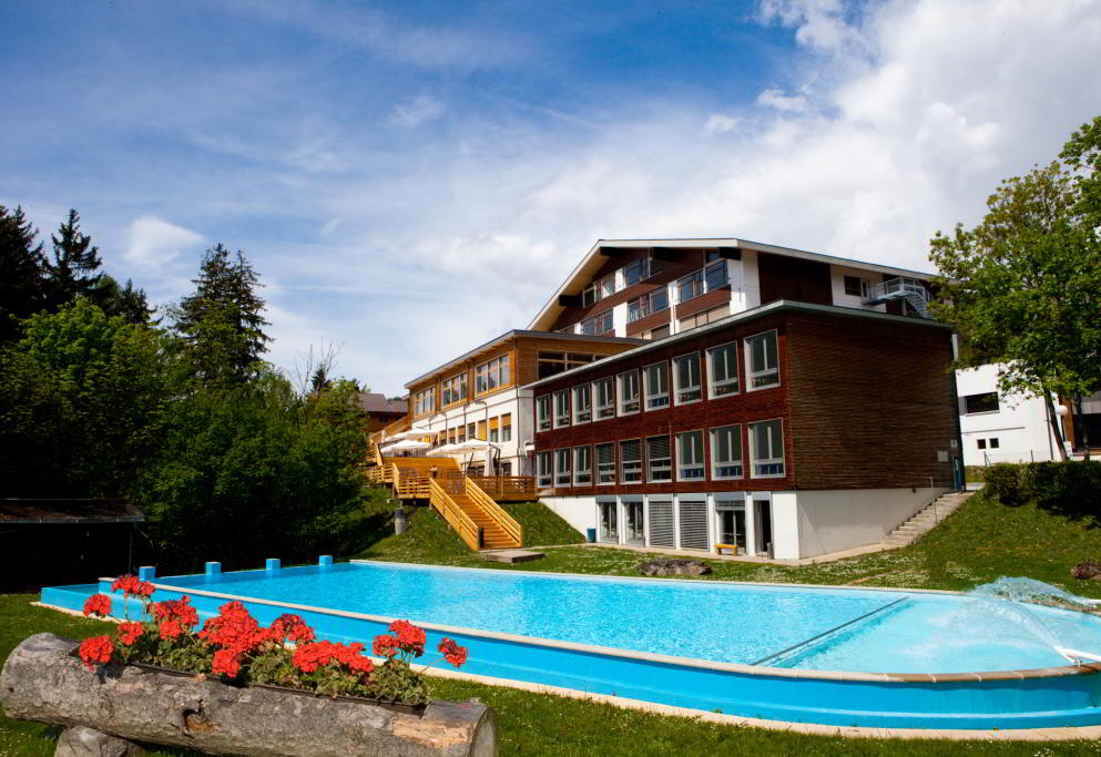 Les Roches International School of Hotel Management.