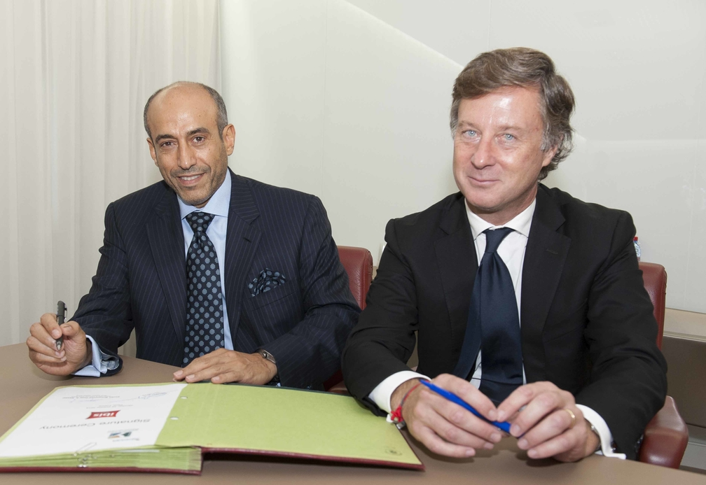 Accor and Alesayi Group sign an agreement to develop 10 ibis hotels in Saudi Arabia.