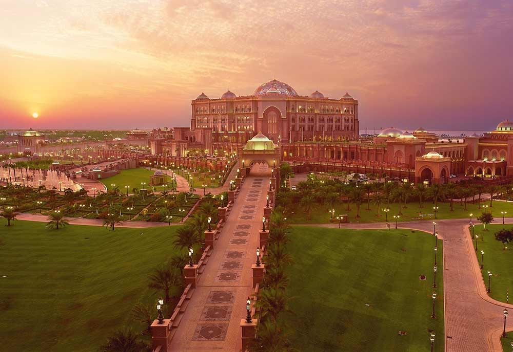 The Emirates Palace has reported that revenue per available room (RevPar) has reached one of its highest levels since the hotel was inaugurated in 2005.