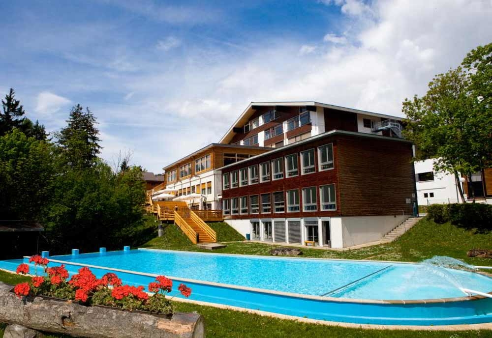 Les Roches International School of Hotel Management, Bluche - Switzerland