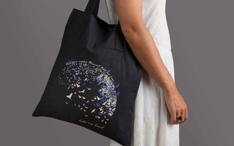 The limited edition tote bage is made from 100% recycled bed linen.