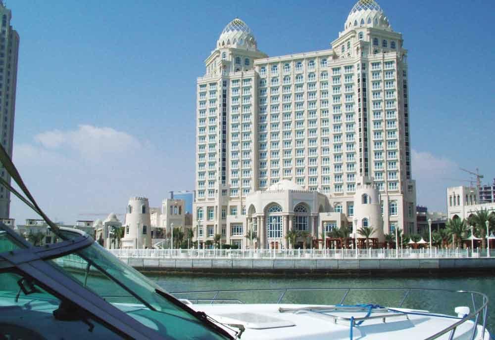 Management, Four seasons doha, Four seasons hotel doha, Simon casson