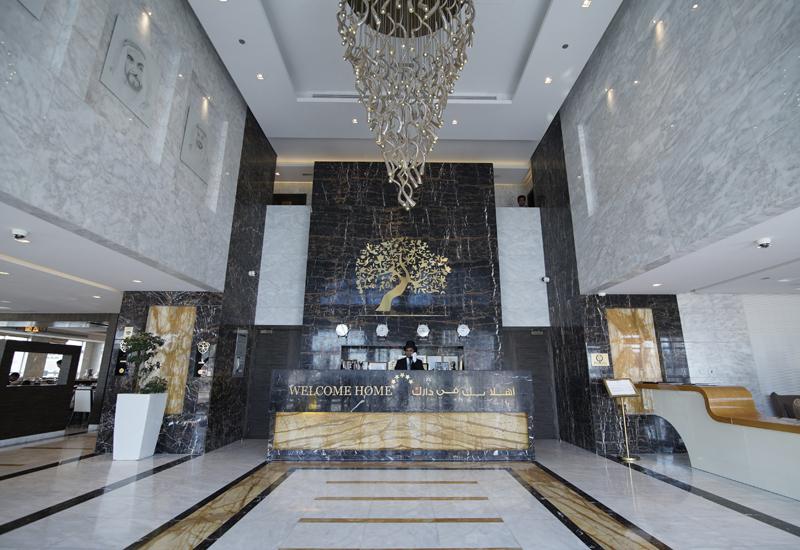 The lobby at Jannah Burj Al Sarab.