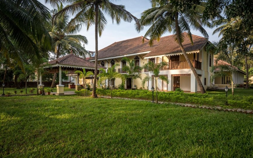 Kapil Chopra, The Postcard Hotel, India, India hotels, Oberoi group