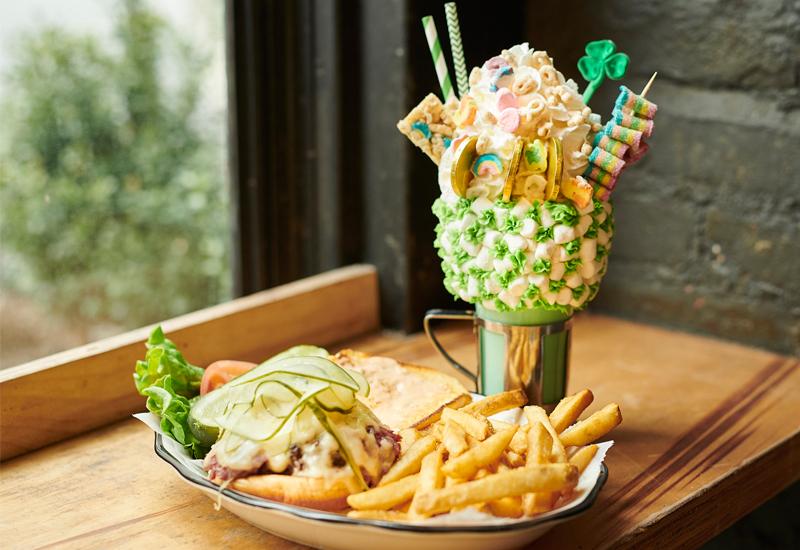 Food & beverage, Restaurants