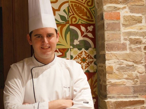 Mañosa has more than 10 years' experience in the food and beverage sector.