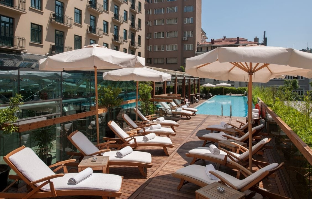 The Park Hyatt Istanbul's guests and colleagues enjoyed relaxation exercises at the pool