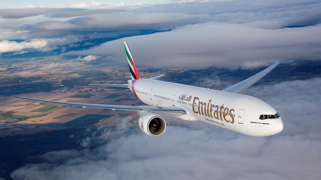 Emirates 777300ER Air to Air