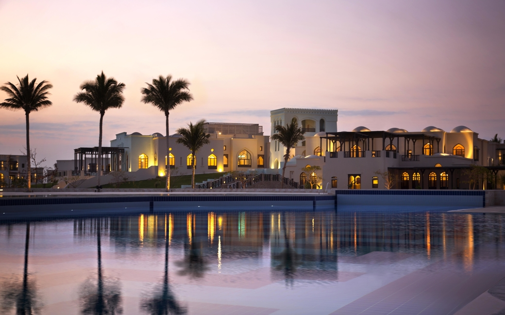 Salalah Rotana Resort predicts a rise in room revenue and guest arrivals due to the onset of the Omani monsoon season
