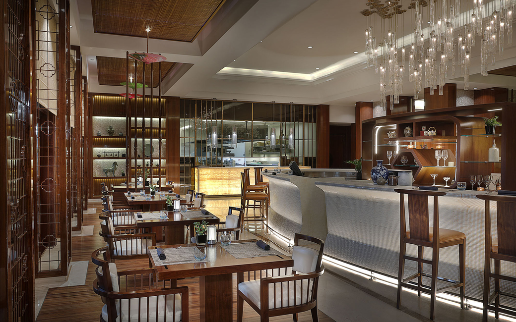 Ritz-Carlton Dubai's Blue Jade launches new lunch offerings.
