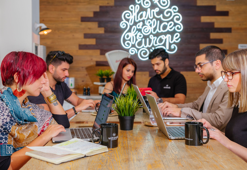 WitWork is a network of co-working pop ups and meeting rooms aimed at digital nomads and freelancers in Dubai, Abu Dhabi, and Ras Al Khaimah