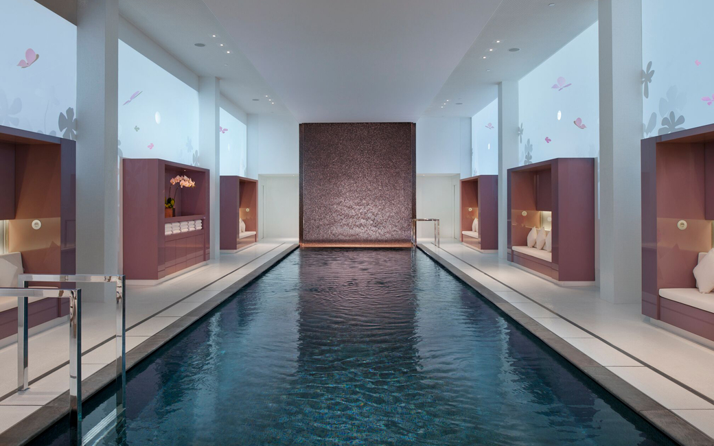 All communication will take place in a brief consultation at the beginning of the spa journey