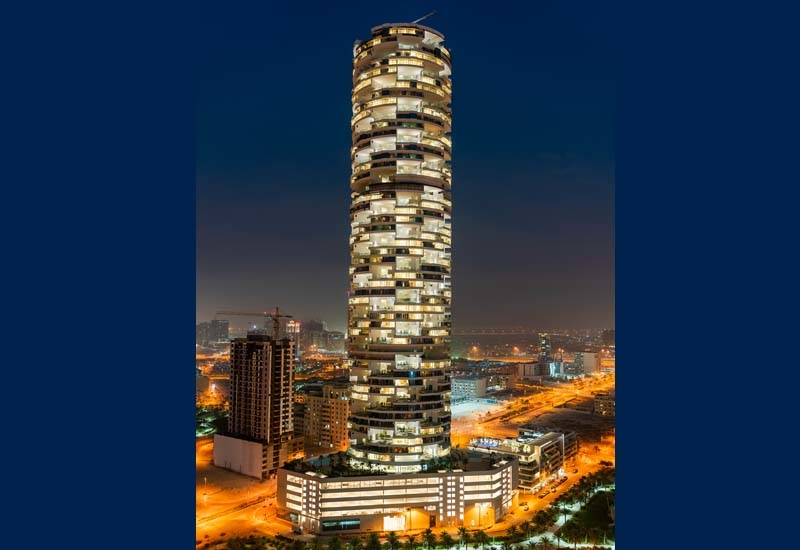 The property comprises 247 rooms and suites, and 254 one, two and four-bedroom hotel apartments and 269 pools