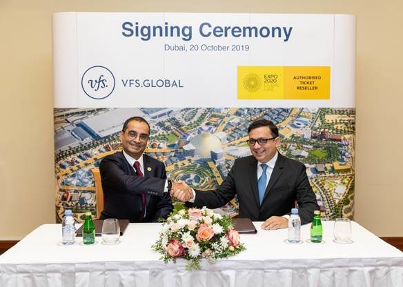 Sanjive Khosla, chief commercial officer – Commercial, EXPO 2020 (left) and Zubin Karkaria, CEO, VFS Global Group (right) signing the contract in Dubai, UAE